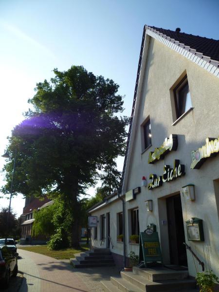 Hotel Pictures: Landgasthof Zur Eiche, Rostock