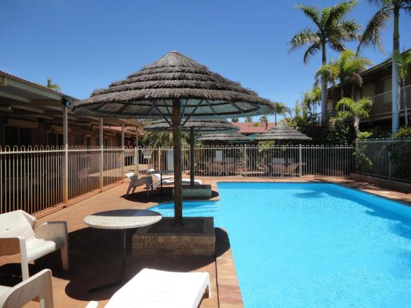Hotel Pictures: The Lodge Motel, South Hedland