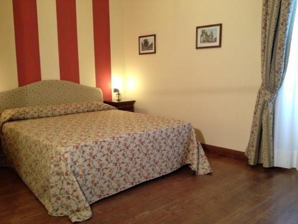 Two Connecting Double Rooms (4 Adults)