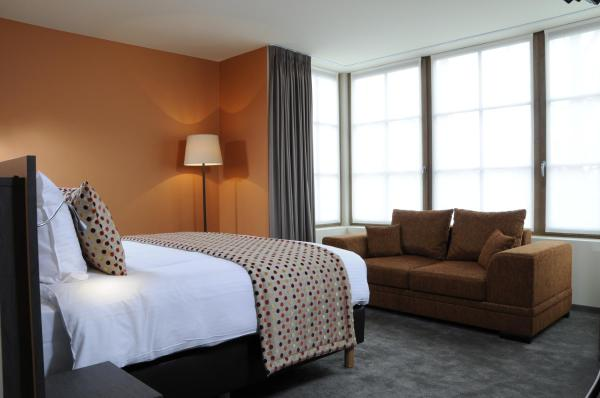 Фотографии отеля: Hotel Den Hof, Зелзате