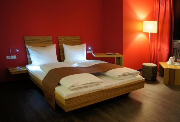 Hotel Pictures: AMH Airport-Messe-Hotel Stuttgart, Filderstadt