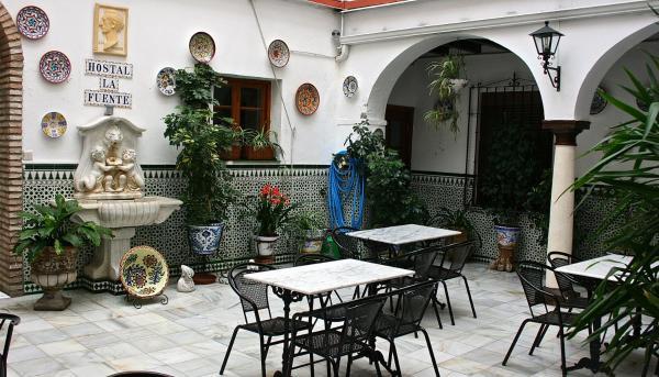 Hotel Pictures: Hostal la Fuente, Córdoba