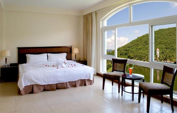 Air china promotion- Deluxe Double or Twin Room with Sea View