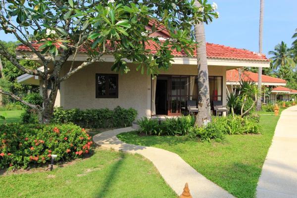Villa with Partial Garden View