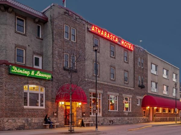 Hotel Pictures: Athabasca Hotel, Jasper