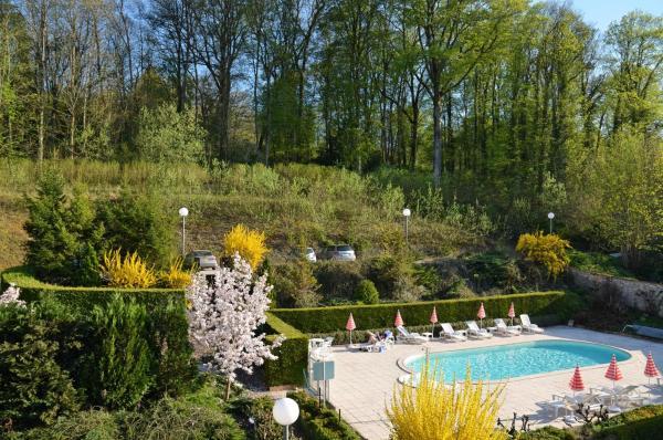 Hotel Pictures: Hôtel d'Orfeuil, Bourbonne-les-Bains