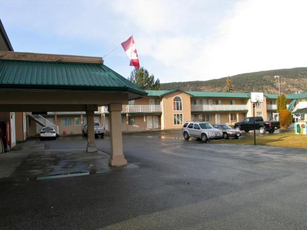 Hotel Pictures: Intown Inn & Suites, Merritt