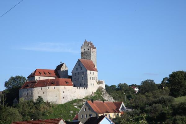 Hotel Pictures: Burg Katzenstein, Katzenstein
