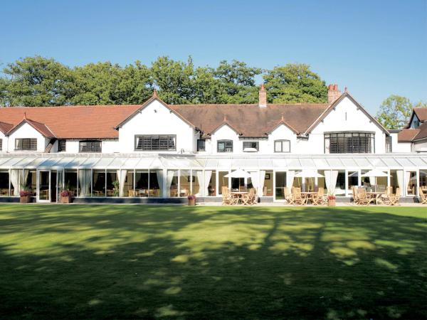 Hotel Pictures: Macdonald Craxton Wood Hotel & Spa, Ledsham