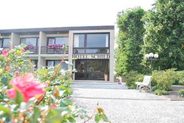 Hotel Pictures: Land-gut-Hotel Nordsee, Hotel Schild, Butjadingen