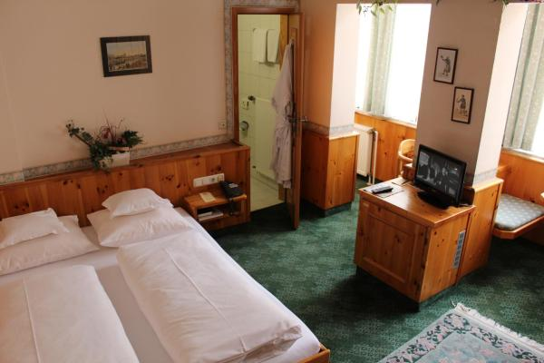 Economy Double Room With Small Double Bed