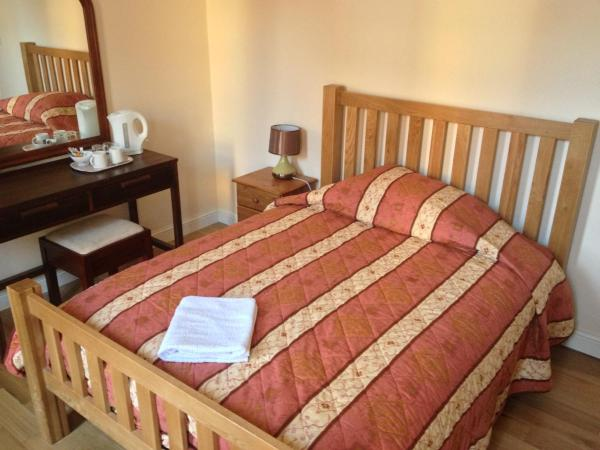 Hotel Pictures: The Dharma Lodge, Enfield