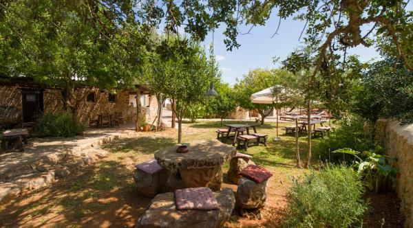 Hotel Pictures: Hotel Rural Can Partit - Adults Only, Santa Agnès de Corona