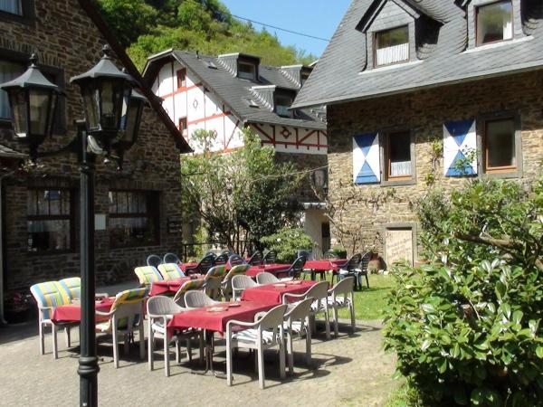 Hotel Pictures: Hotel Schmausemuehle, Burgen