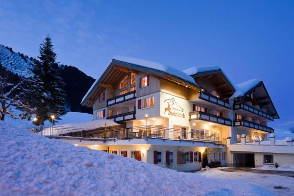 Hotel Pictures: Hotel Steinbock, Mittelberg