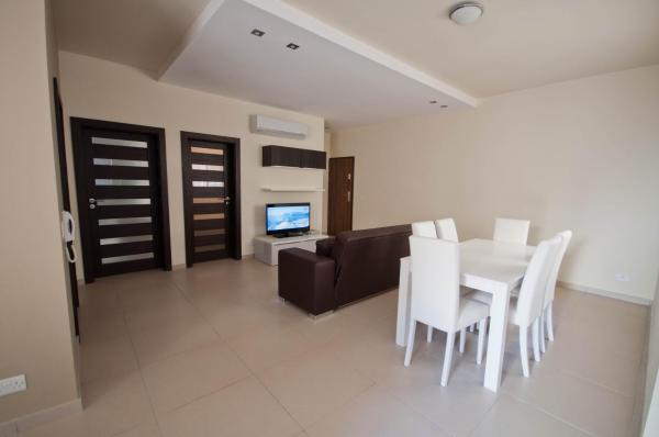 Two Bedroom Apartment with balcony (2 Adults)