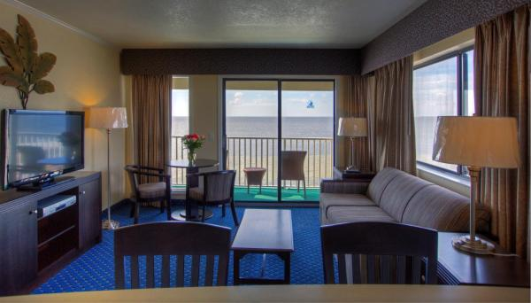 Two-Bedroom Suite with Bay View