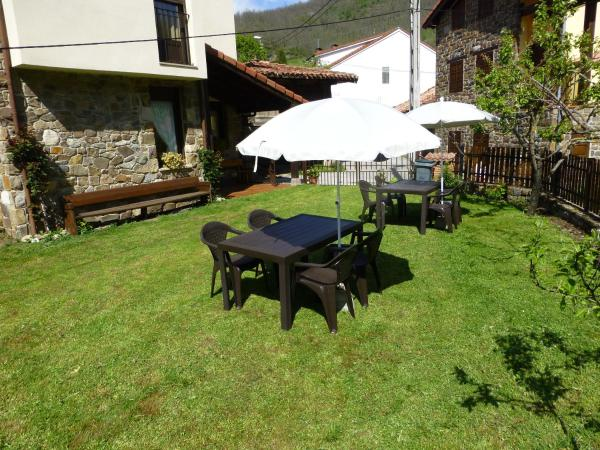 Hotel Pictures: Albergue Turístico Briz, Espinama