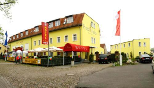Hotel Pictures: Hotel 4 Hufen, Großziethen