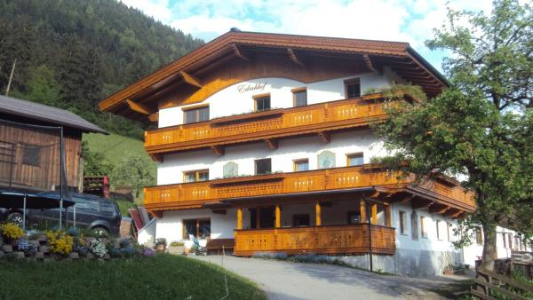 Hotellikuvia: Erlacherhof, Bruck am Ziller