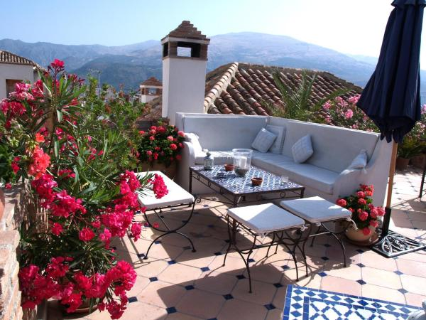 Hotel Pictures: , Pinos del Valle