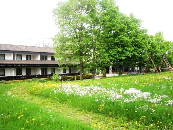 Hotel Pictures: Ferienwohnung Hubertusblick, Gerolstein