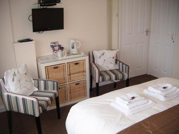 Superior King or Twin Room with Sea View