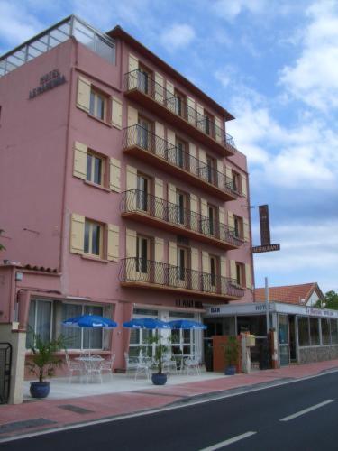 Hotel Pictures: Hôtel Le Marenda, Canet-en-Roussillon