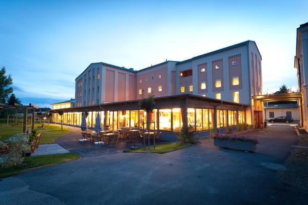 Zdjęcia hotelu: JUFA Weinviertel Hotel in der Eselsmühle, Seefeld-Kadolz