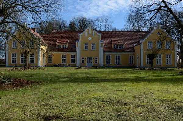 Hotelbilleder: Wildkräuterhotel Ehmkendorf, Ehmkendorf