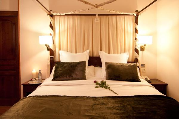 Hotel Pictures: Hotel Restaurante Casa Zanito, Olite
