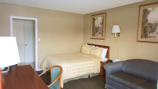 Hotel Pictures: Village Inn & Suites - Sudbury, Sudbury