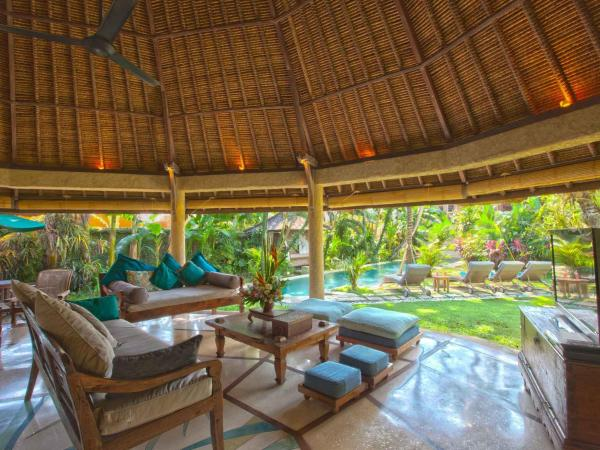 Executive Double Room in Shared Villa