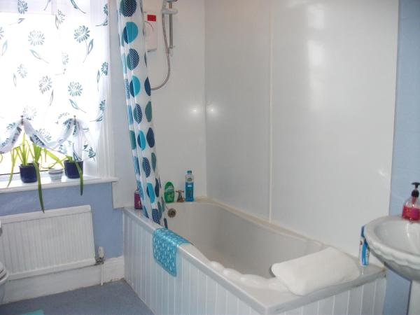 Single Room with Private Bathroom
