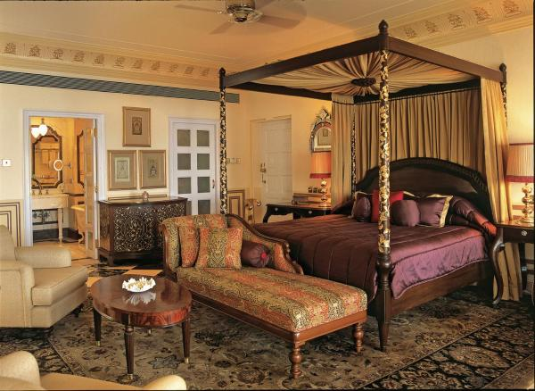Royal Suite with Lake View