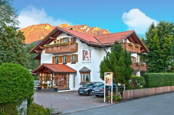 Hotel Pictures: Hotel Antonia, Oberammergau