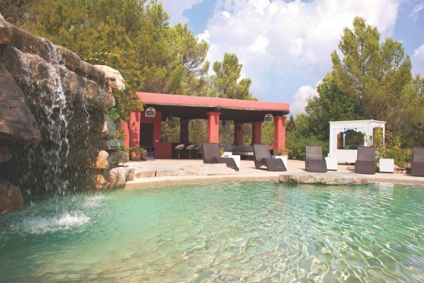 Hotel Pictures: Bosque de Pere, Sant Rafael de Sa Creu