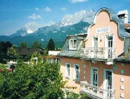 Hotel Pictures: Apartment Grattschlössl, Sankt Johann in Tirol