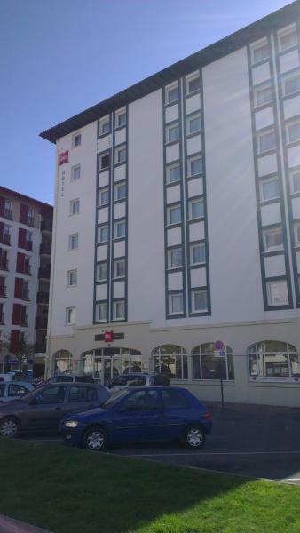 Hotel Pictures: ibis Ciboure Saint-Jean-de-Luz, Ciboure