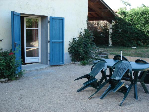 Hotel Pictures: Gîte rural Trabet, Savigneux