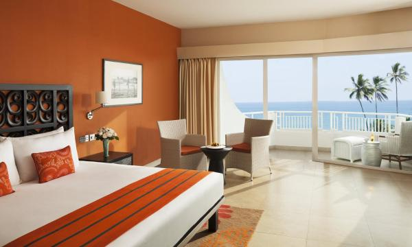 Deluxe Delight King Room with Sea View
