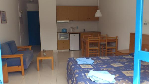 One-Bedroom Apartment - Split Level (4 adults)
