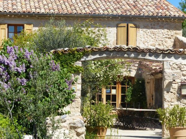 Hotel Pictures: , Moustiers-Sainte-Marie