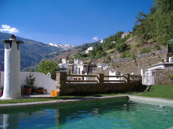 Hotel Pictures: Estrella de las Nieves, Pampaneira