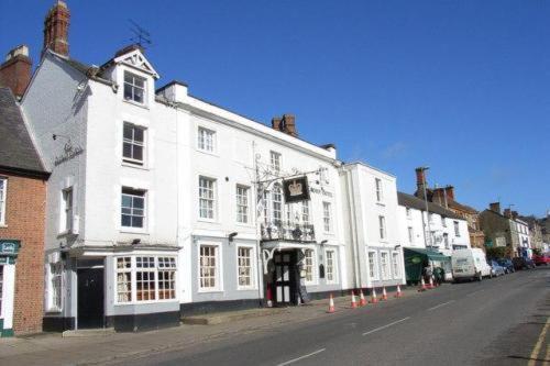 Hotel Pictures: Crown Hotel Brackley, Brackley