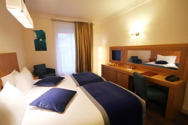 Superior Twin Room with Free Pool Access