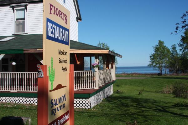 Hotel Pictures: Salmon River B&B, Saint Martins