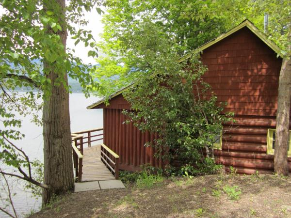 Hotel Pictures: Eagleview Cottages Family Resort, Blind Bay