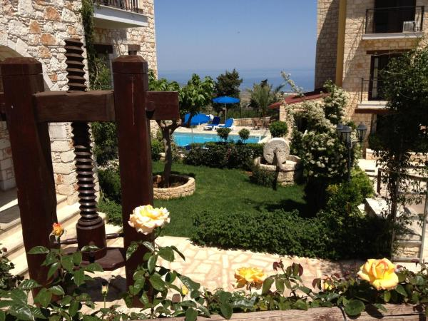 Hotel Pictures: Palates Hotel, Droushia