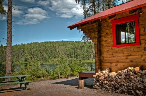 Hotel Pictures: Pourvoirie Du Lac Oscar - Forfait B, Rapide-Blanc